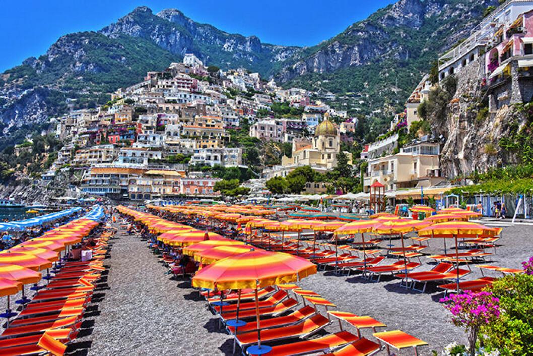 Stranden i Positano i Italien är en instagramvänlig strand