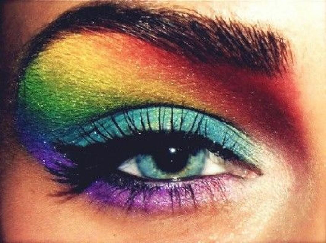 Snygg ögonskugga i regnbågens alla färger att inspireras av!