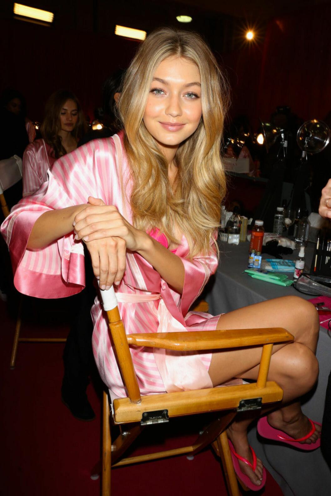 Victoria's Secret backstage 2015 gigi hadid