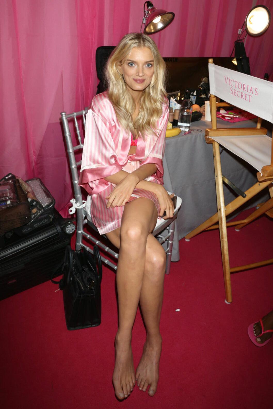 Victoria's Secret backstage 2015 lily donaldson