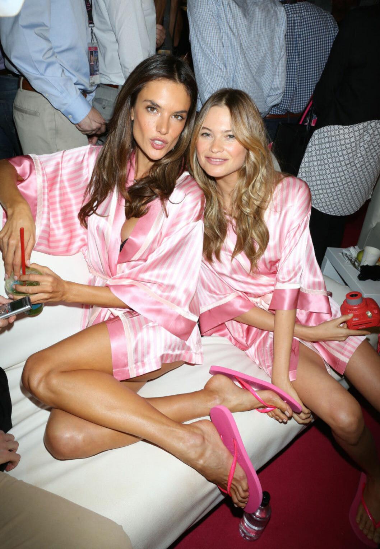 Victoria's Secret backstage 2015 alessandra ambrosio