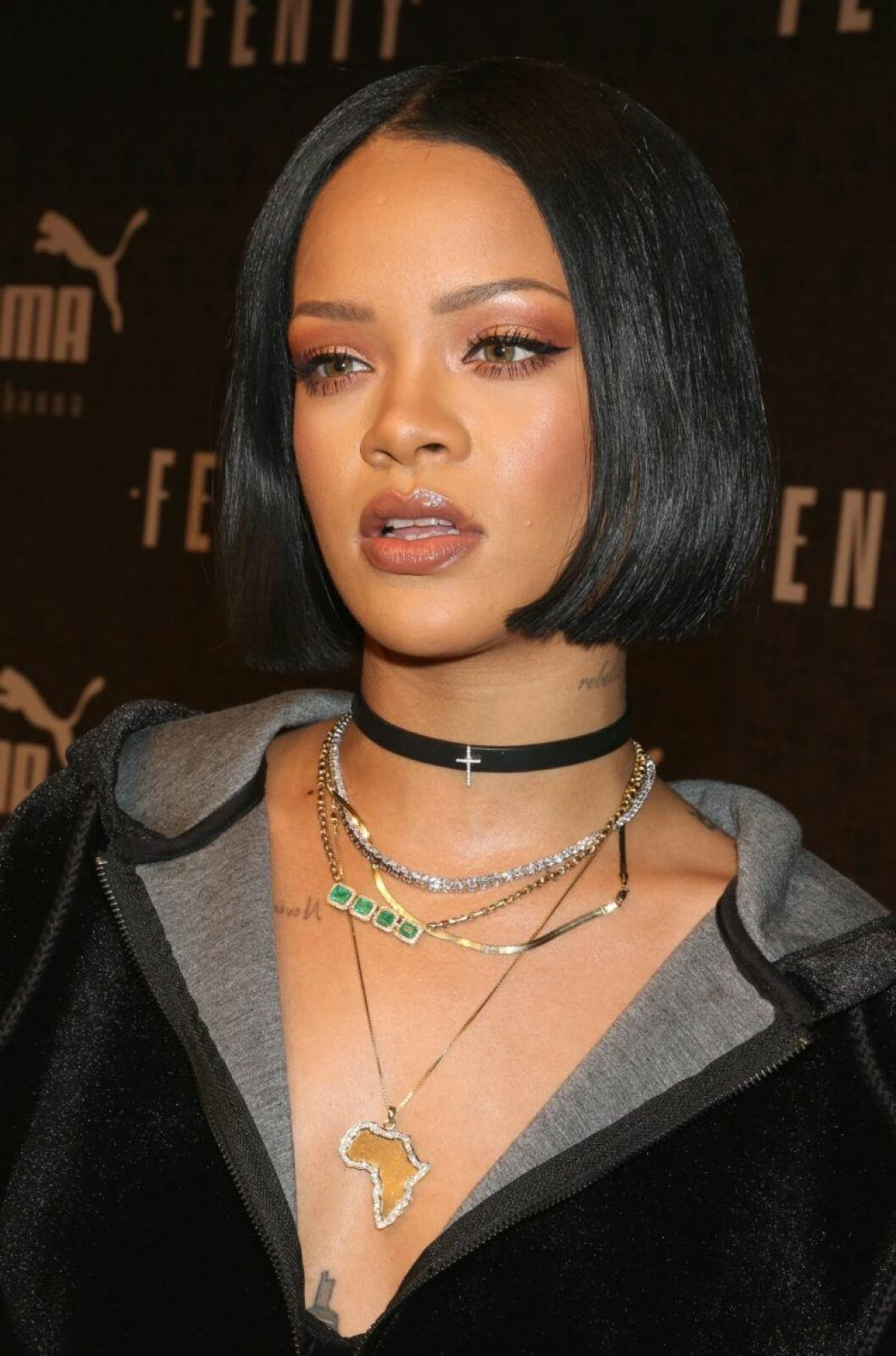 Rihanna i halsband