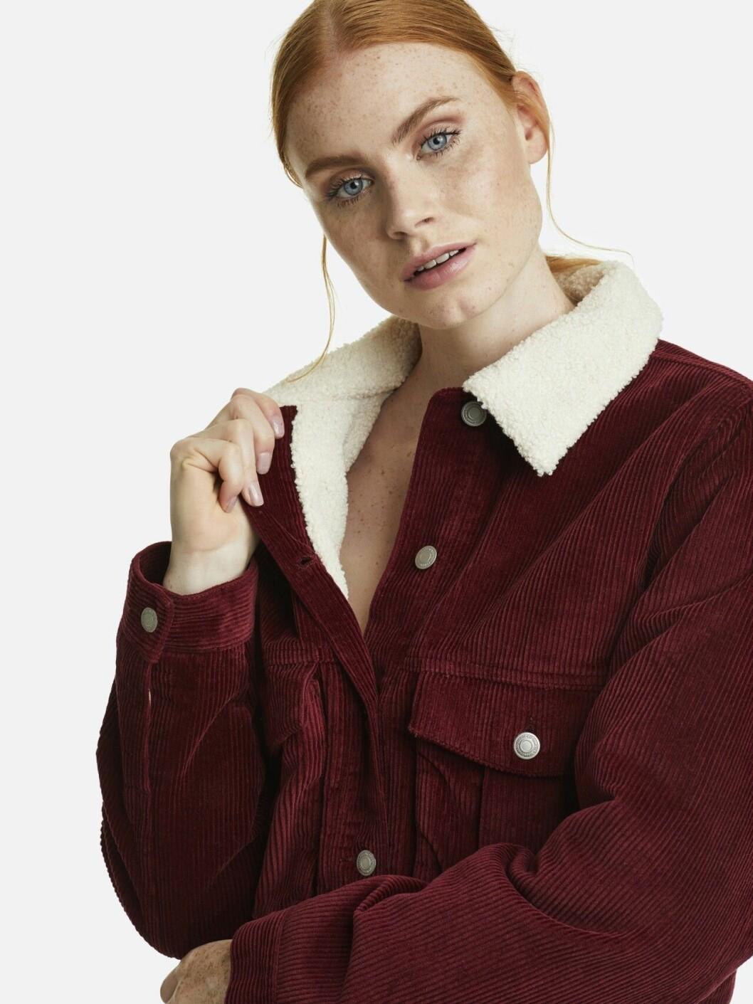Röd höstjacka i manchester för dam till 2019