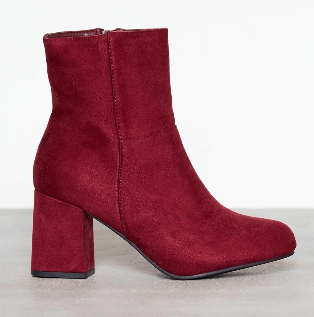 Röda boots till hösten