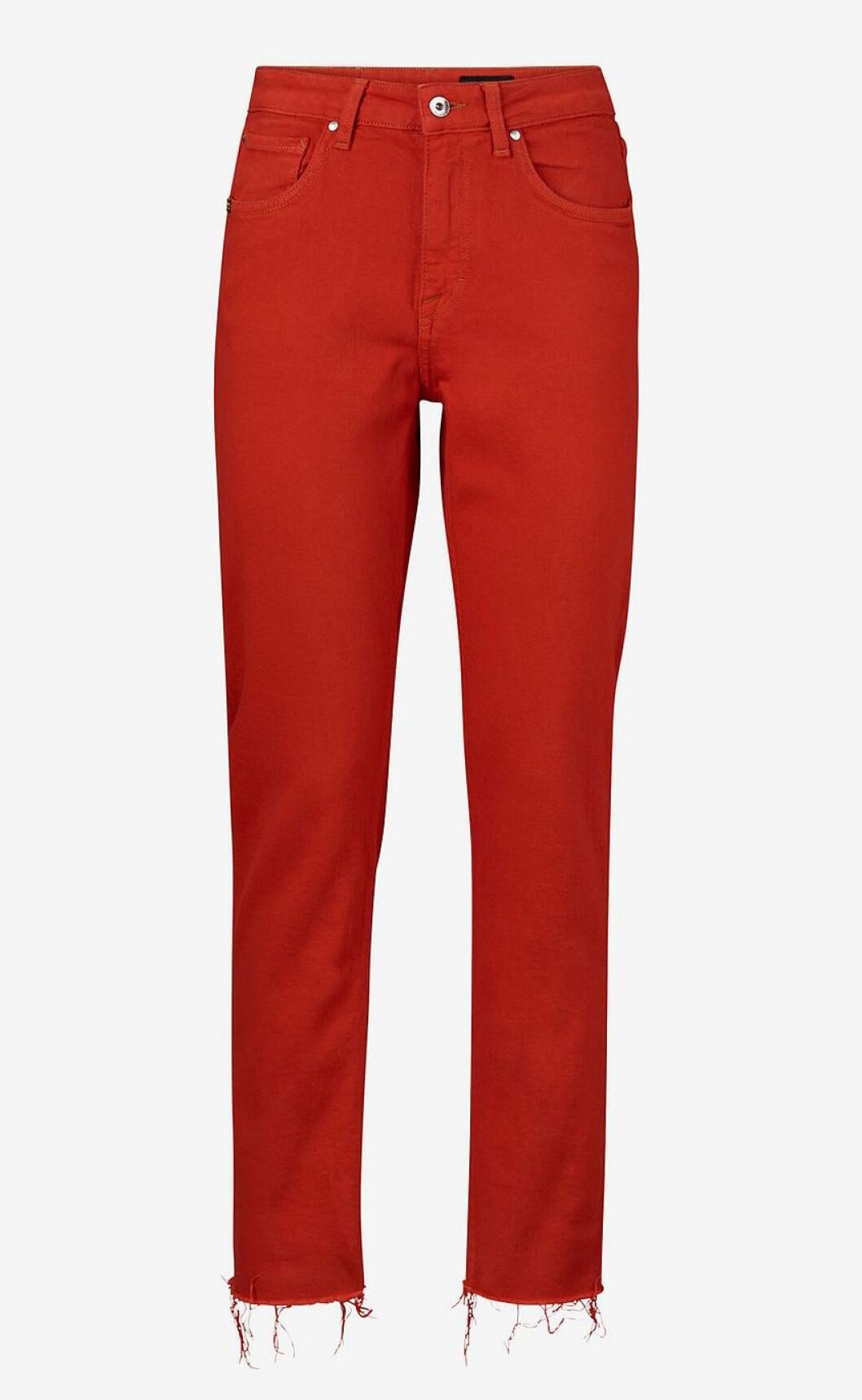Röda jeans till våren 2019