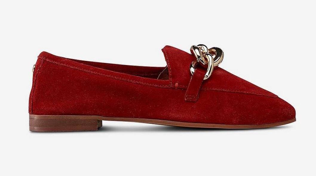 Röda loafers till hösten