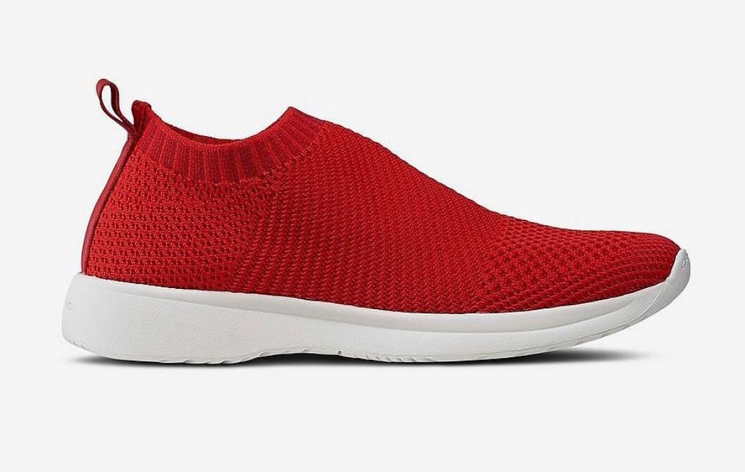 Röda sneakers för dam till våren 2019