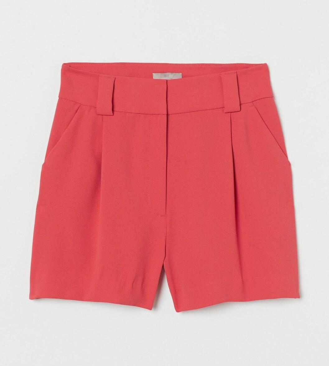 Rosa dressade shorts för dam till 2020