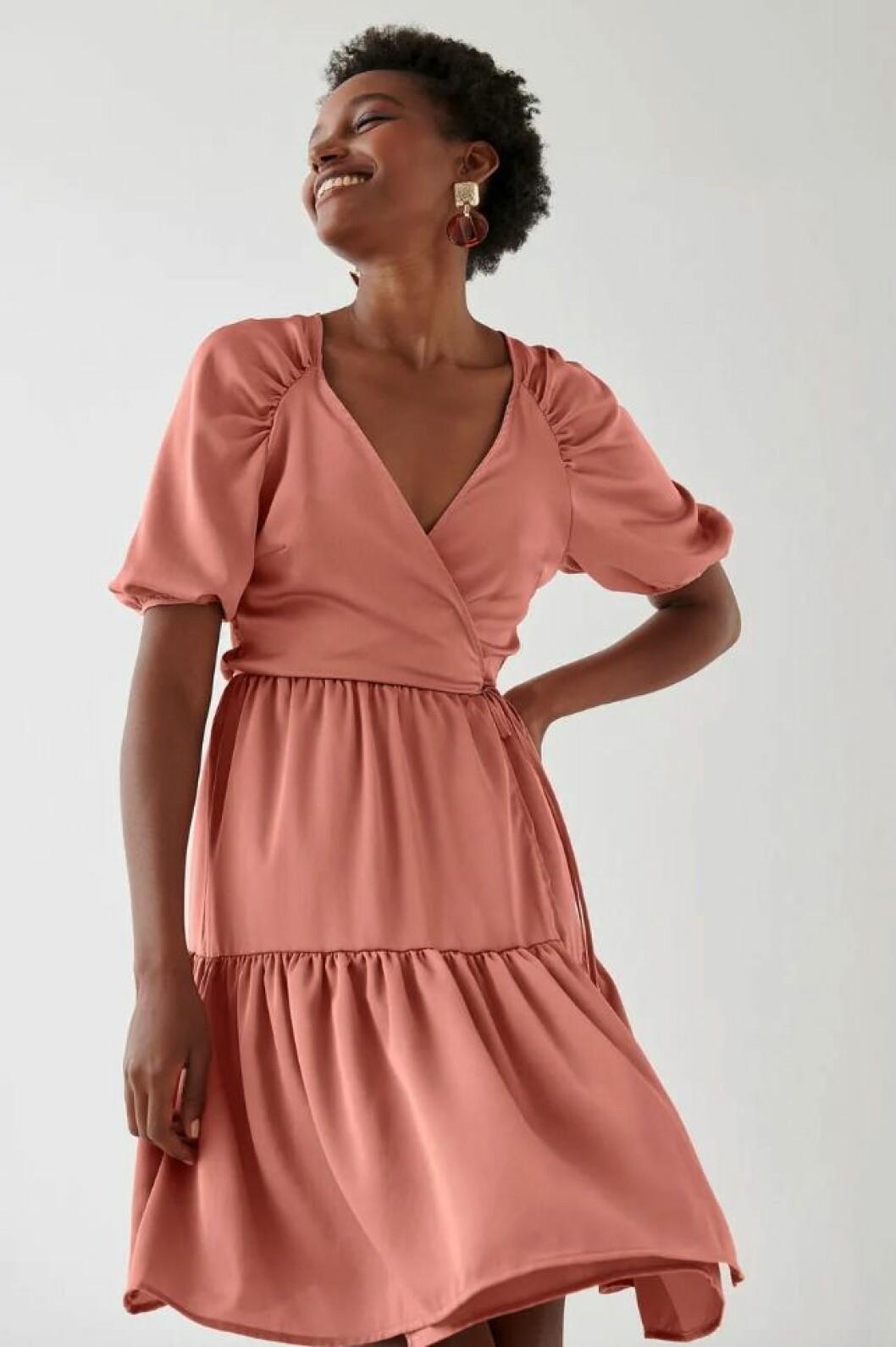 Rosa festklänning till nyårsafton för dam