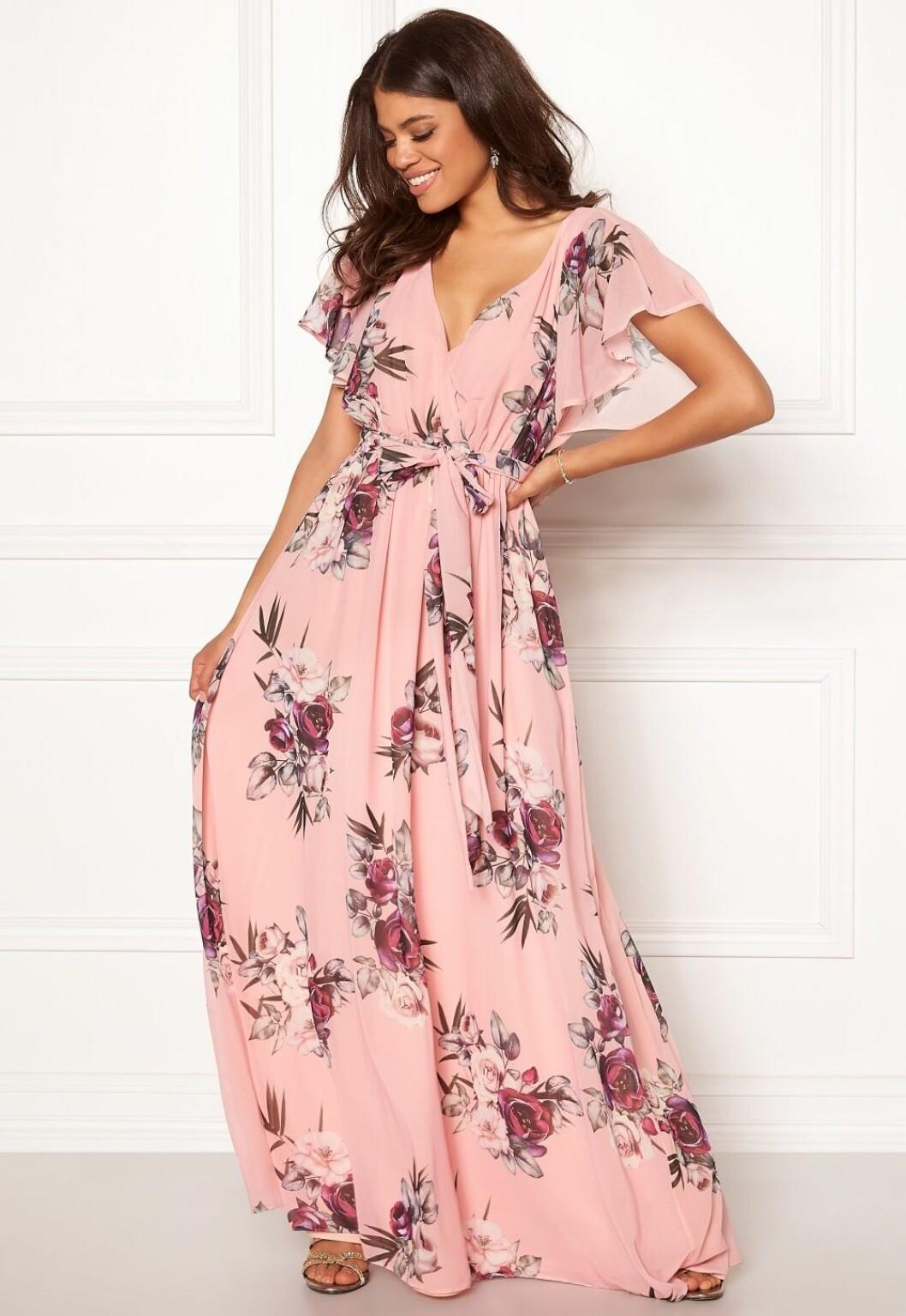 Rosa klänning till bröllop 2019