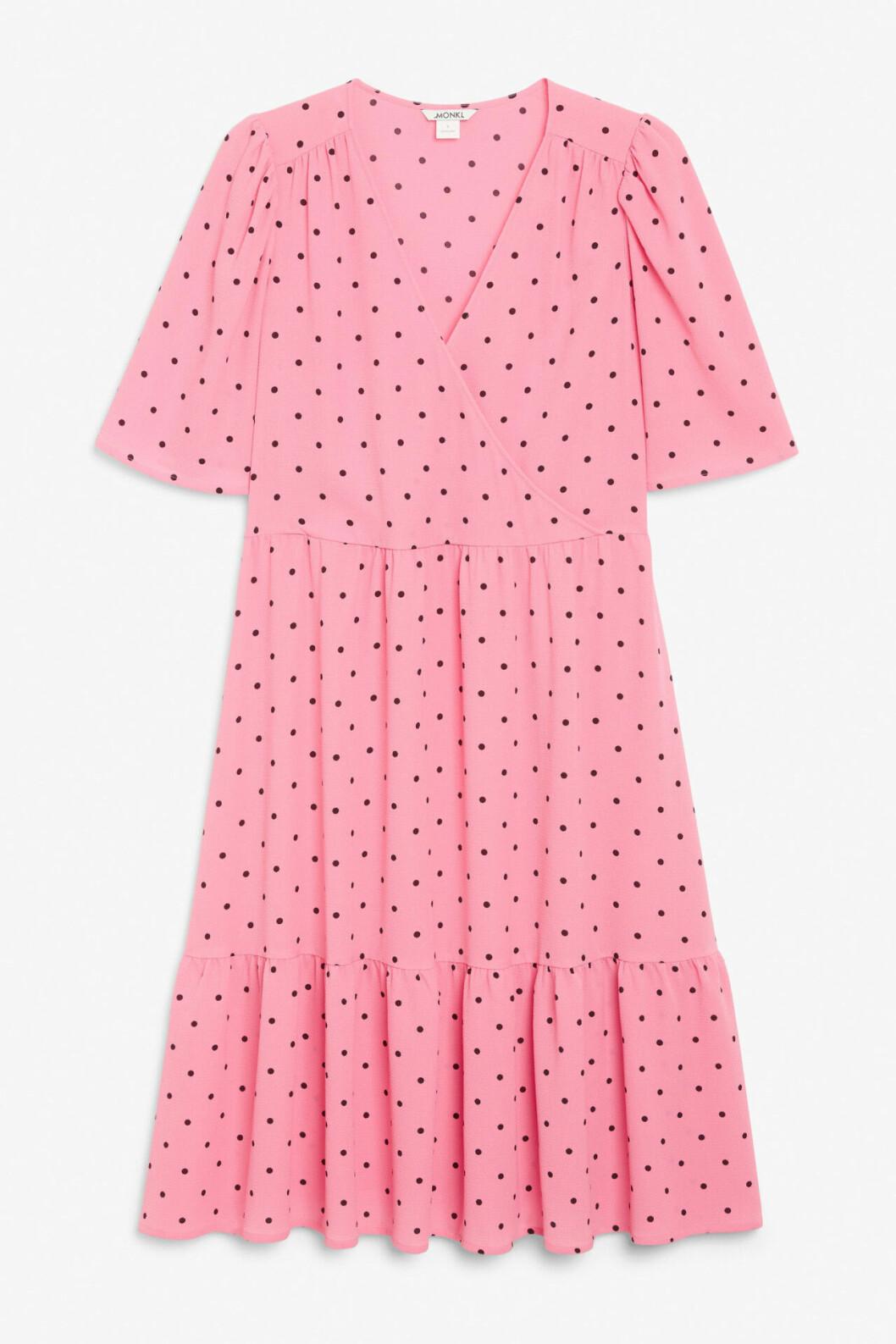Rosa klänning med prickar för dam till bröllopet 2020