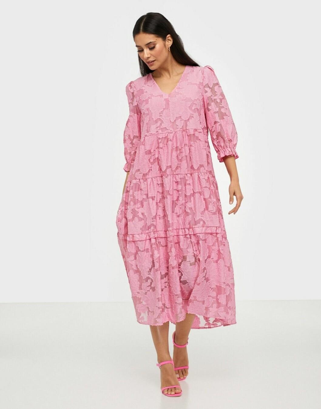 Rosa klänning i spets för dam till 2020
