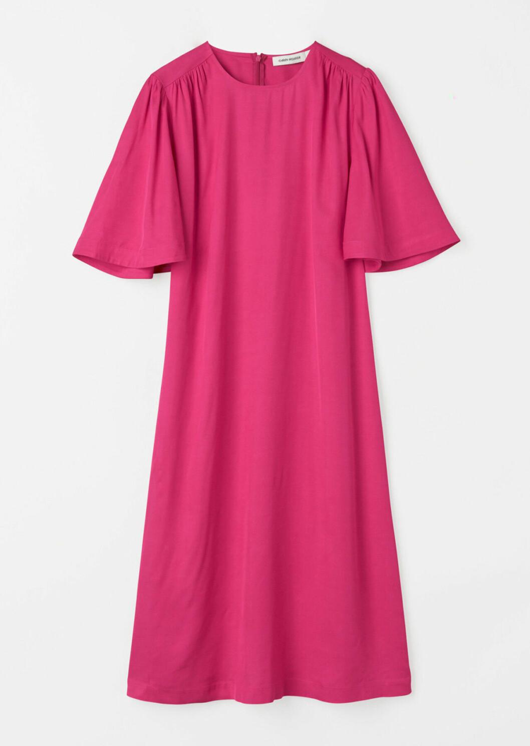 Rosa klänning med vida ärmar för dam till 2020