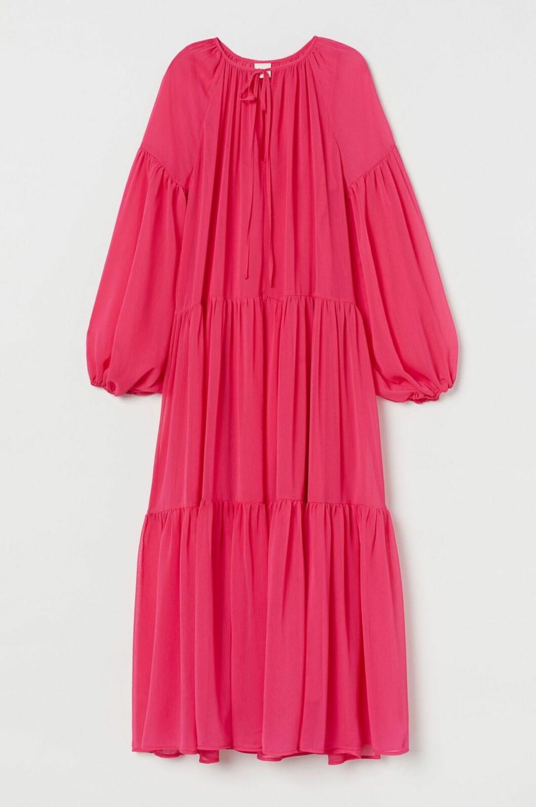 Rosa maxiklänning som funkar med gravidmage