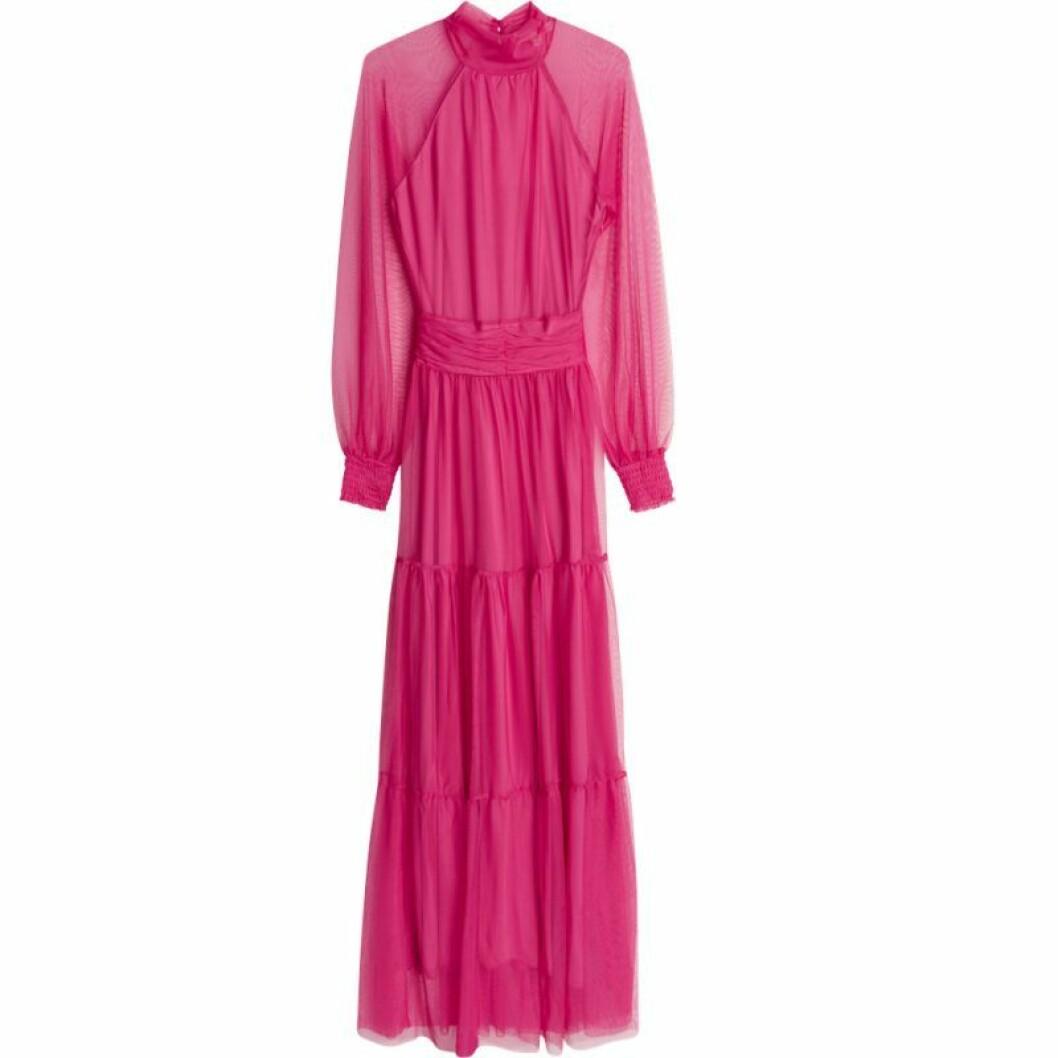Rosa långklänning från gina tricot