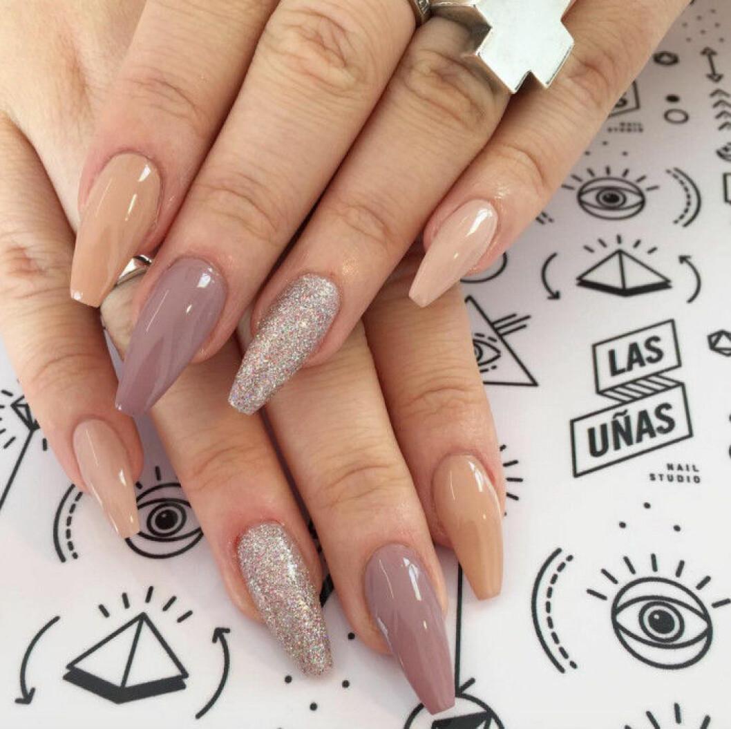 rosa nyanser naglar