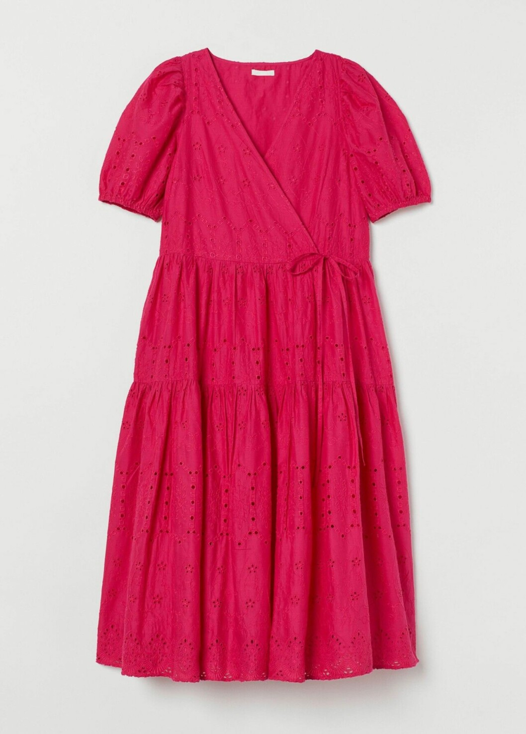 Rosa omlottklänning med broderier från H&M