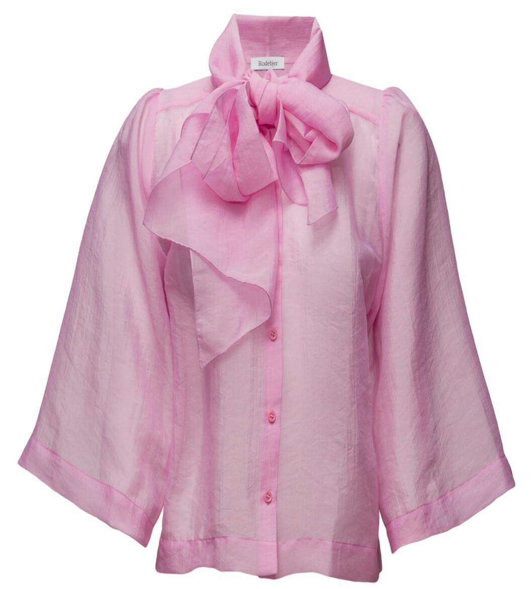 rosa skjorta knyt