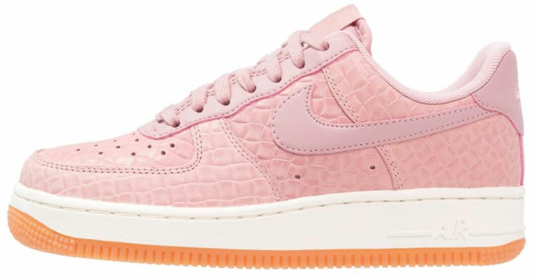 rosa sneakers nike 2017