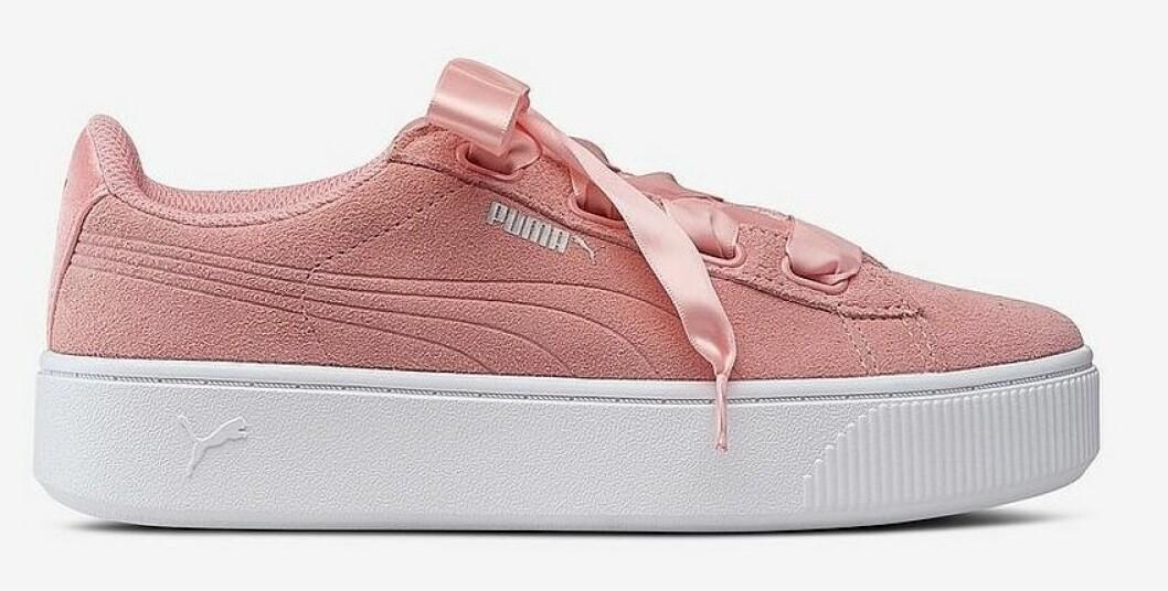 Rosa sneakers i mocka från Puma till dam våren 2019