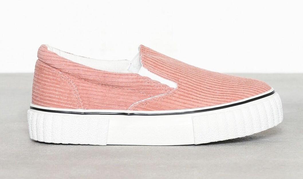 Rosa sneakers till våren 2019