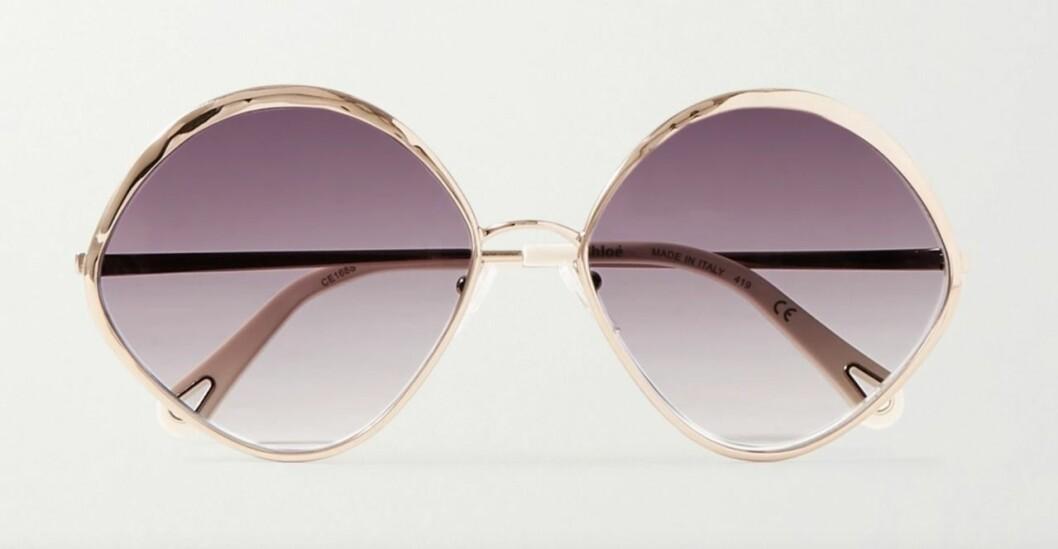 Runda solglasögon med lila glas från Chloé