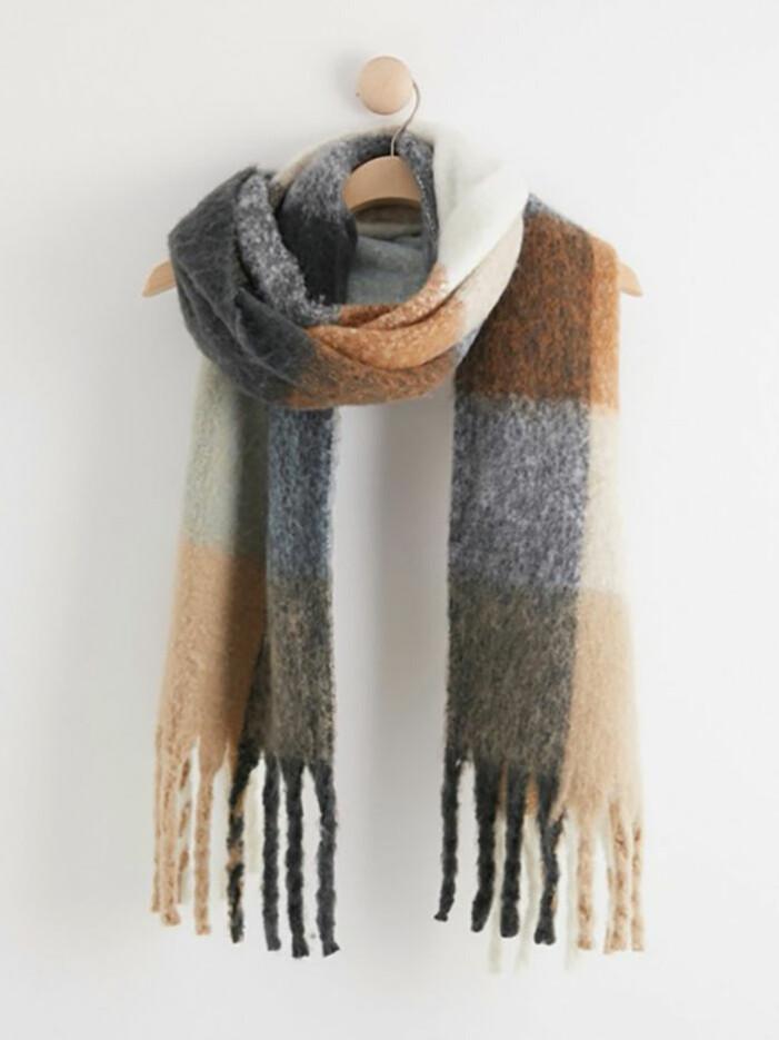 Rutig halsduk från Lindex