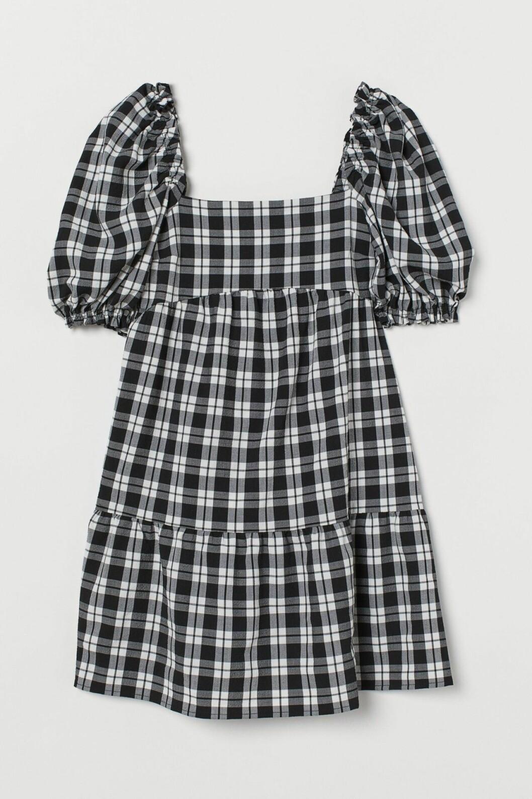 Svart rutig klänning med puffärm för dam till 2020