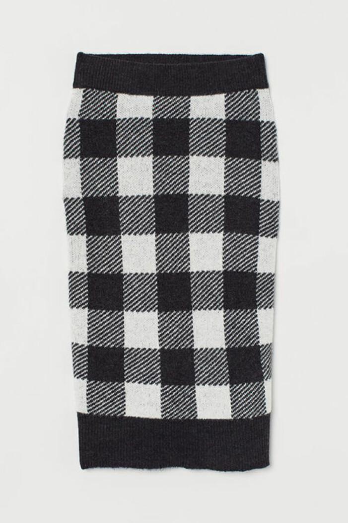 Rutig stickad kjol från H&M