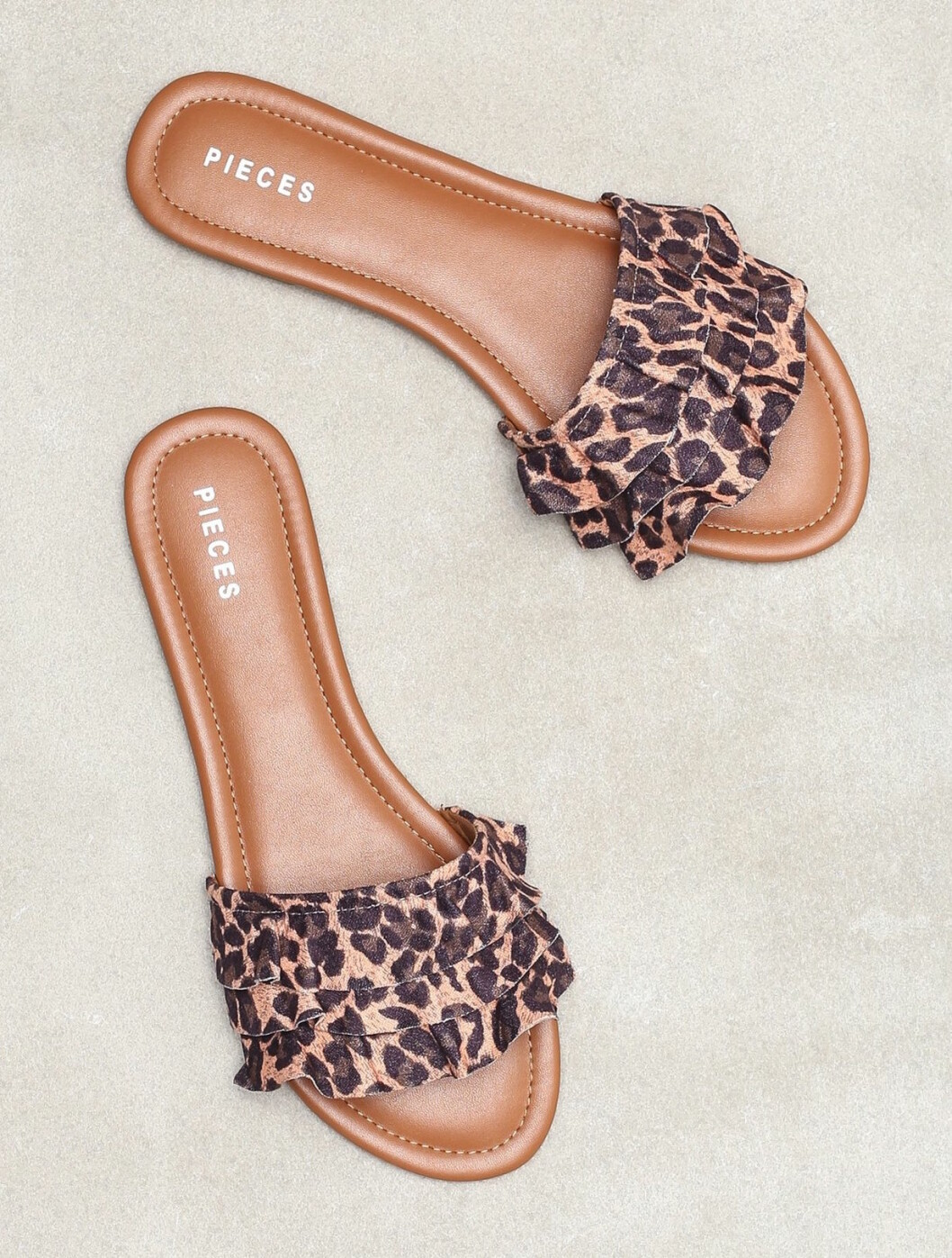 Leopardmönstrade sandaler för dam till 2019