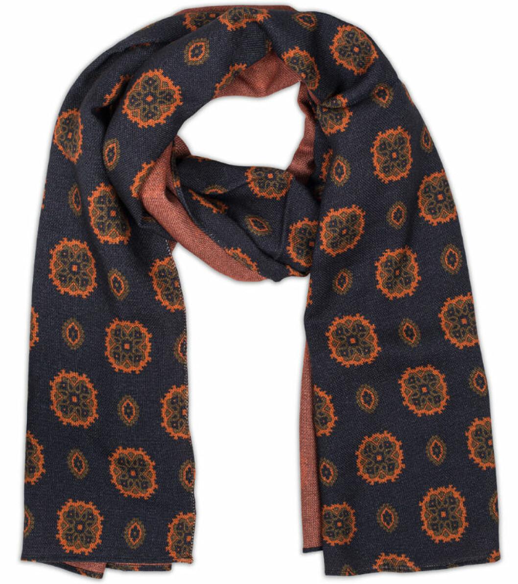 scarf drakes mönstrad