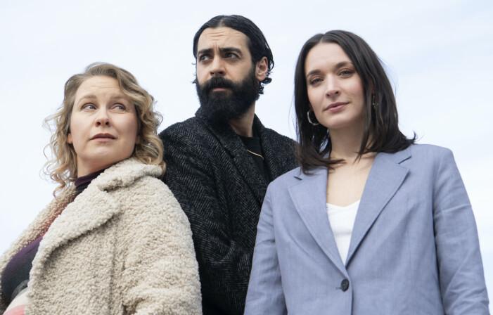 Eva Melander, Ardalan Esmaili och Josefin Asplund.