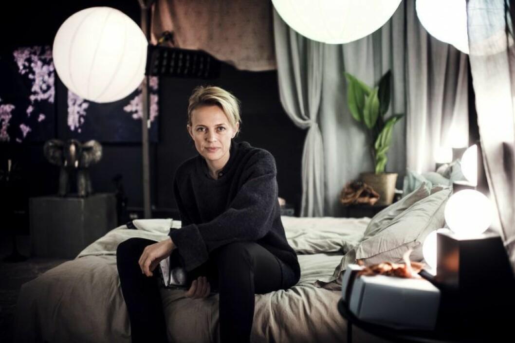 Josephine Bornebusch under inspelningarna av den andra säsongen av Älska mig.