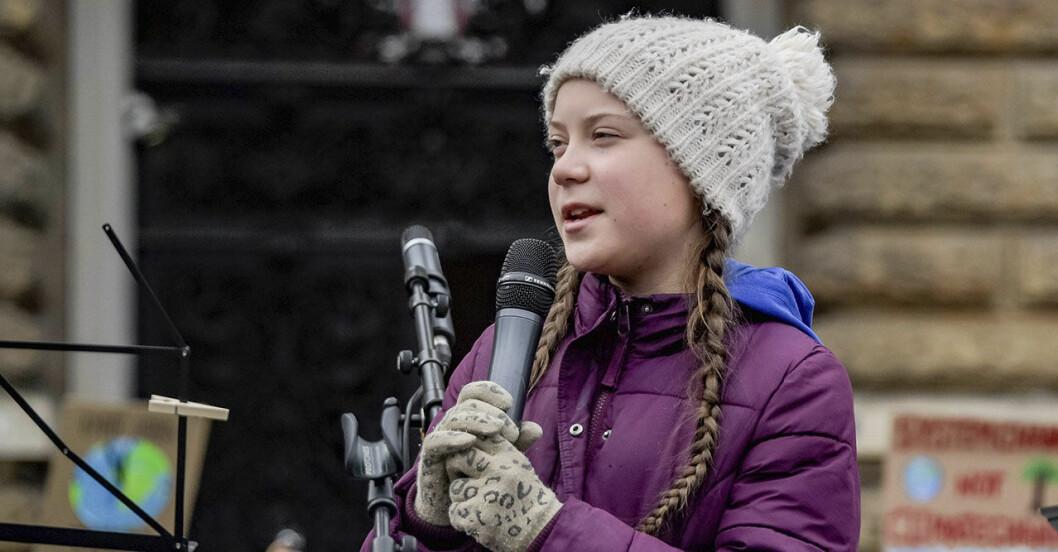 Greta Thunberg framför svenska riksdagen
