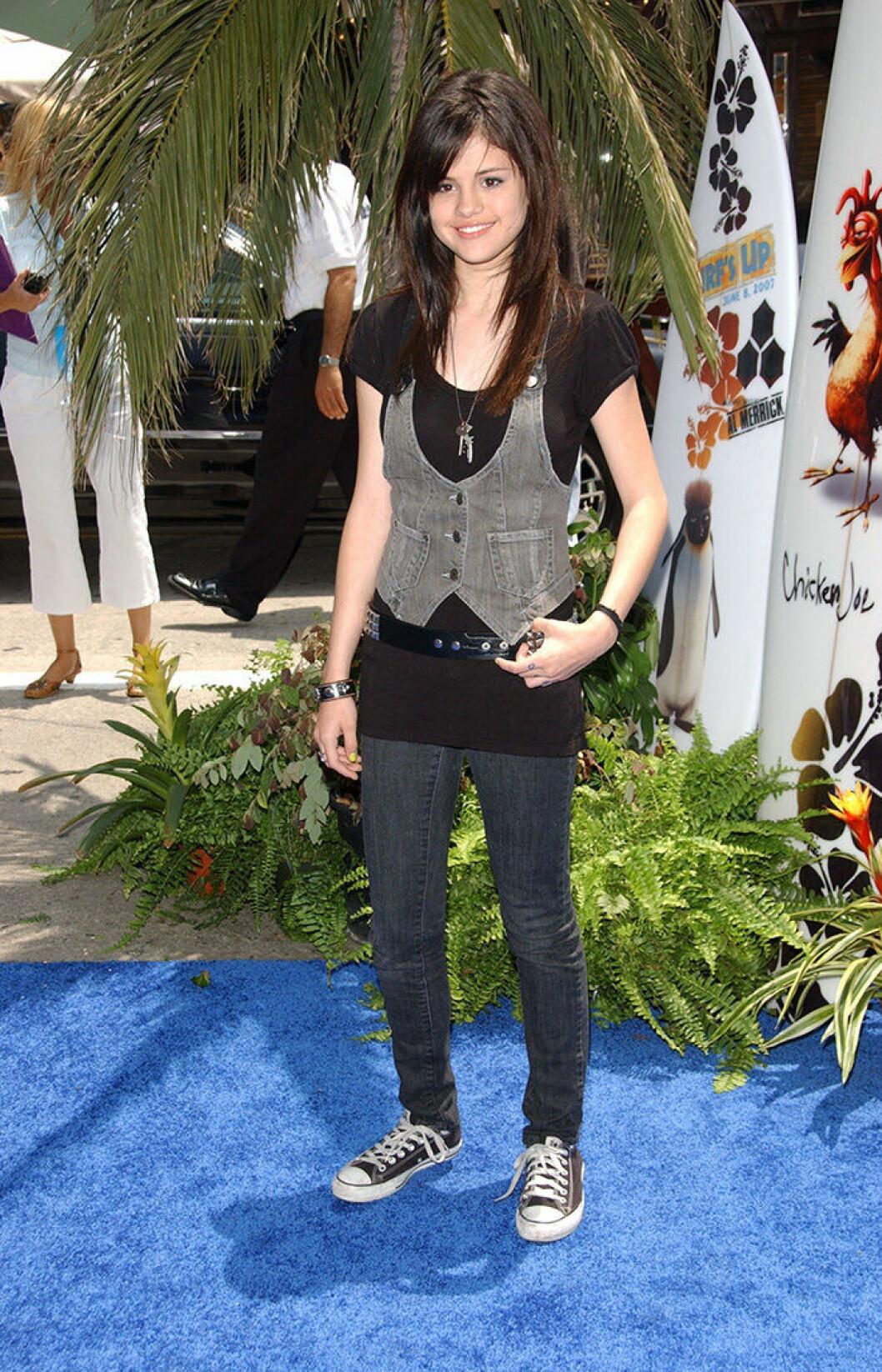 En bild på sångerskan Selena Gomez 2007.