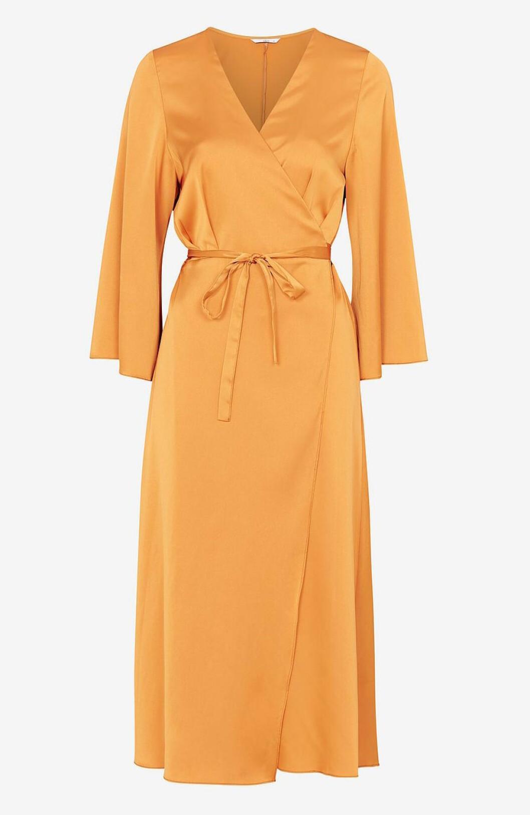 Senapsgul klänning på rea