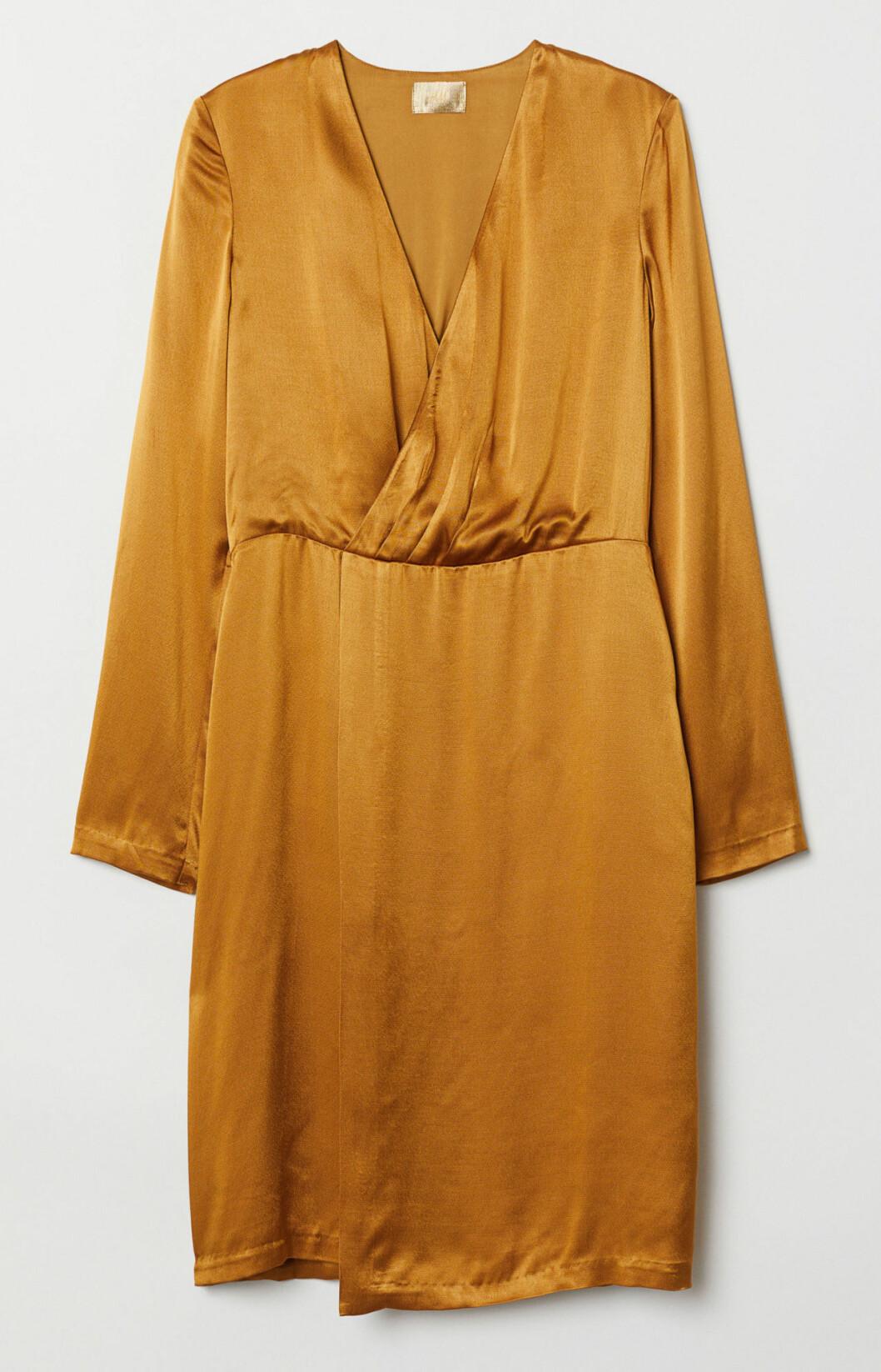 Klänning i guld