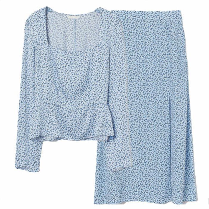 Blått set med kjol och topp