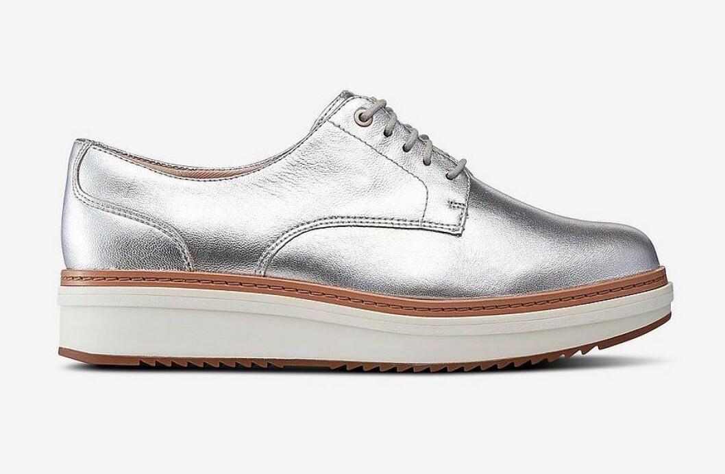 Silverfärgade sneakers för dam till våren 2019