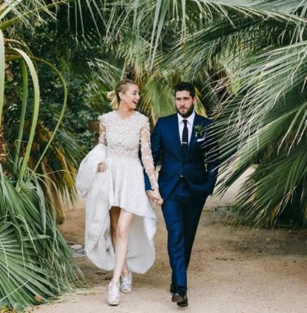 whitney port bröllopsklänning