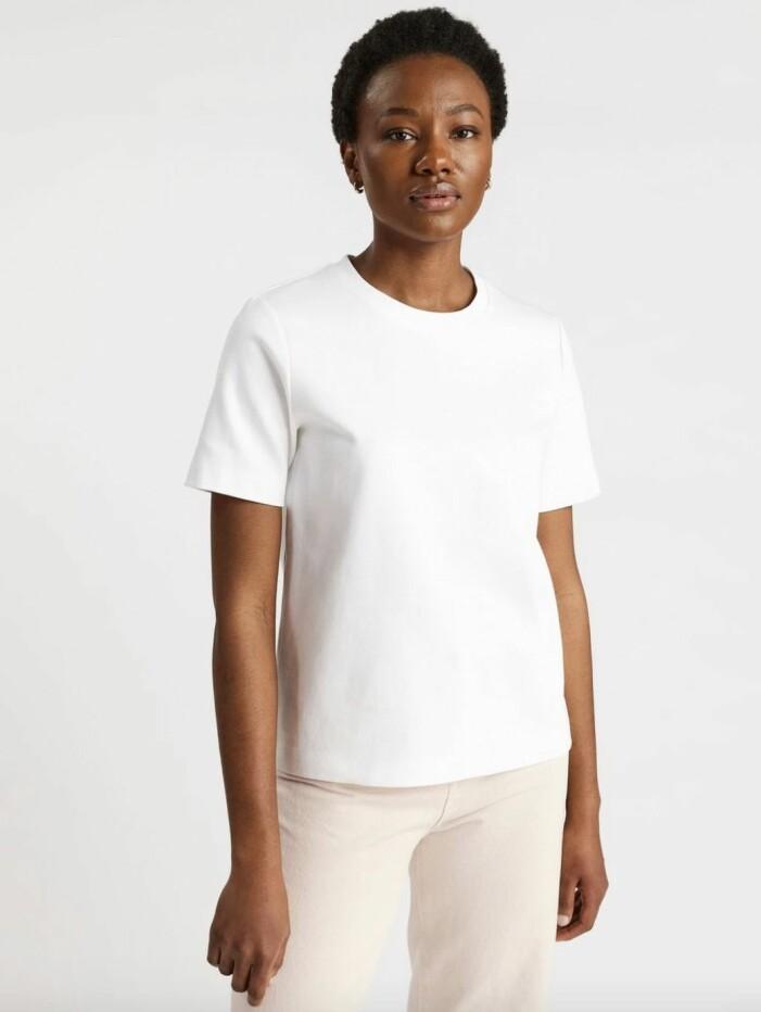 vit boxig tshirt