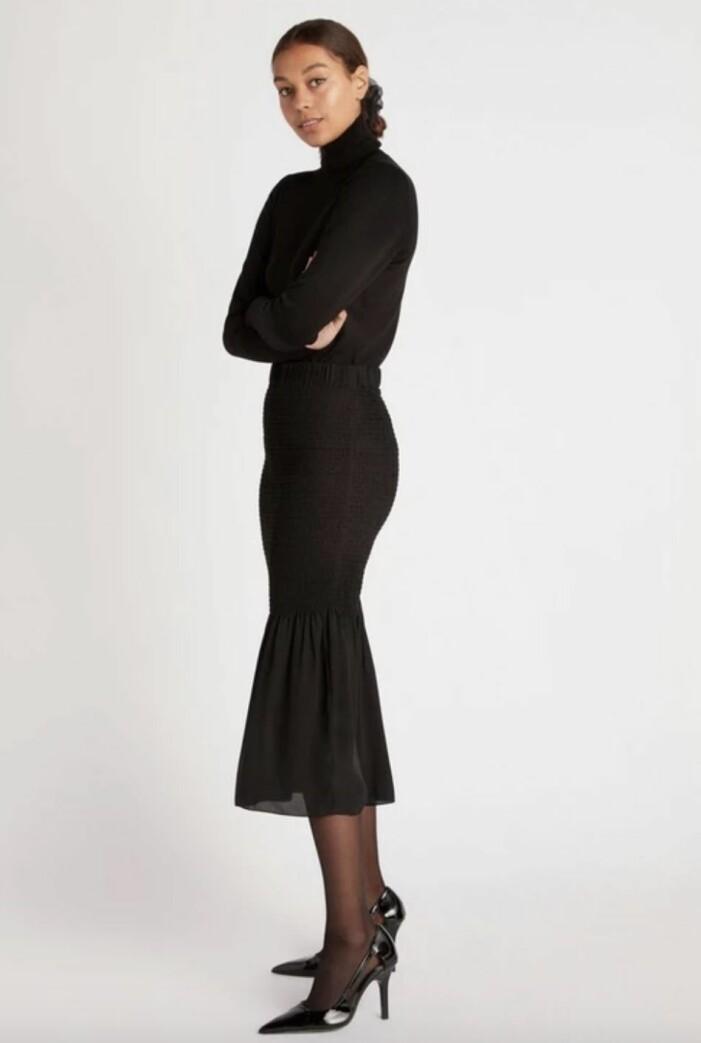 svart midikjol med smock
