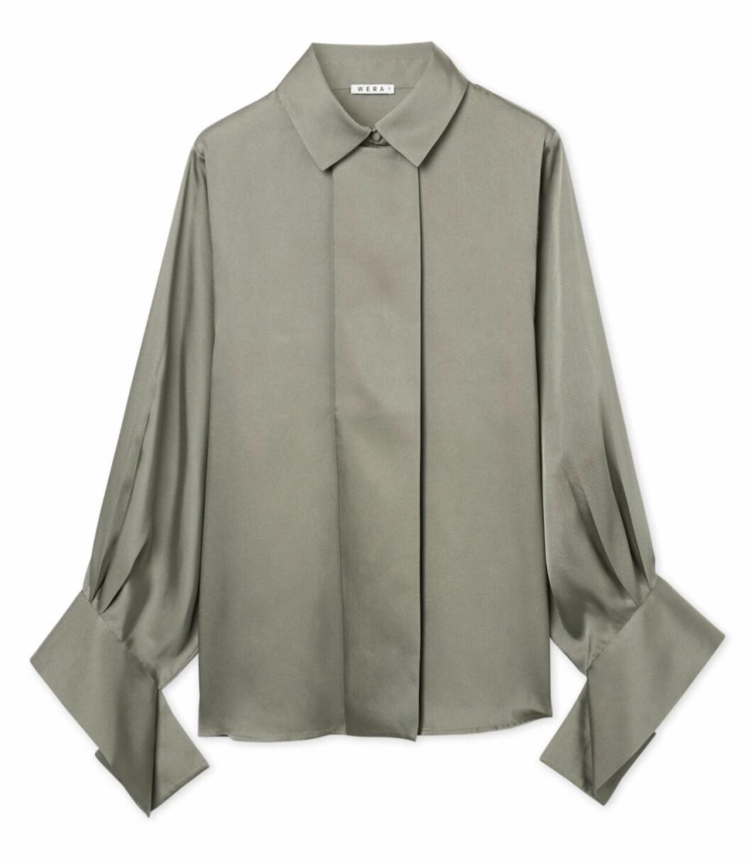 Skjorta i glansigt material för dam till 2019