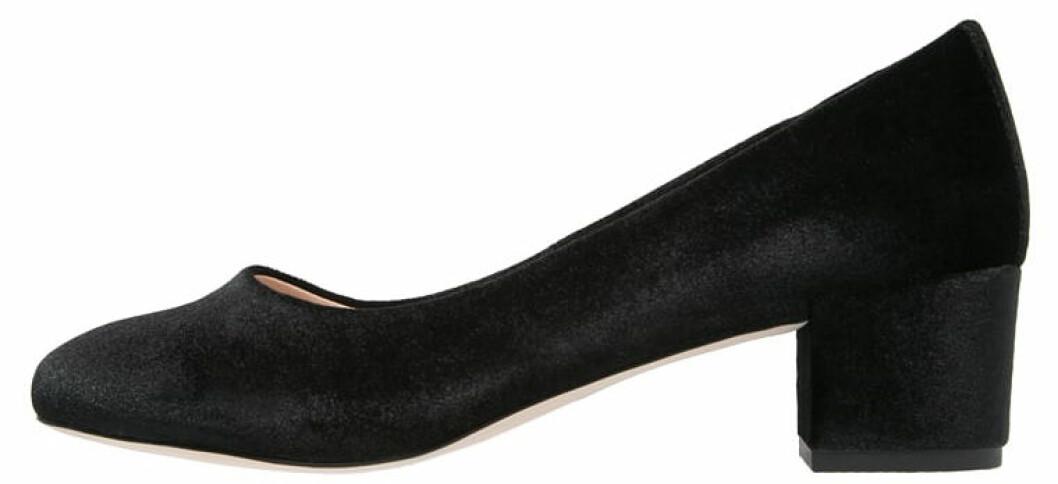 skor med låg klack