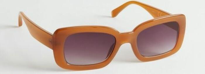 Orange/karamellfärgade solglasögon från & Other Stories