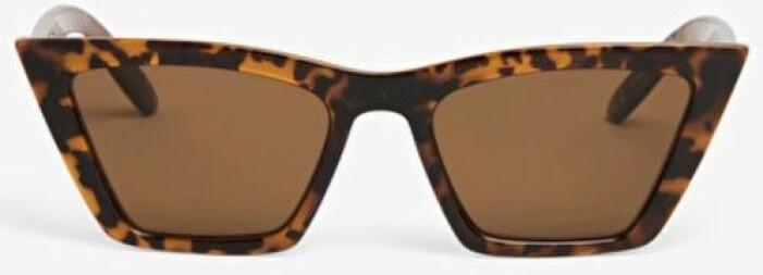 Solglasögon i cat eye-modell från Monki
