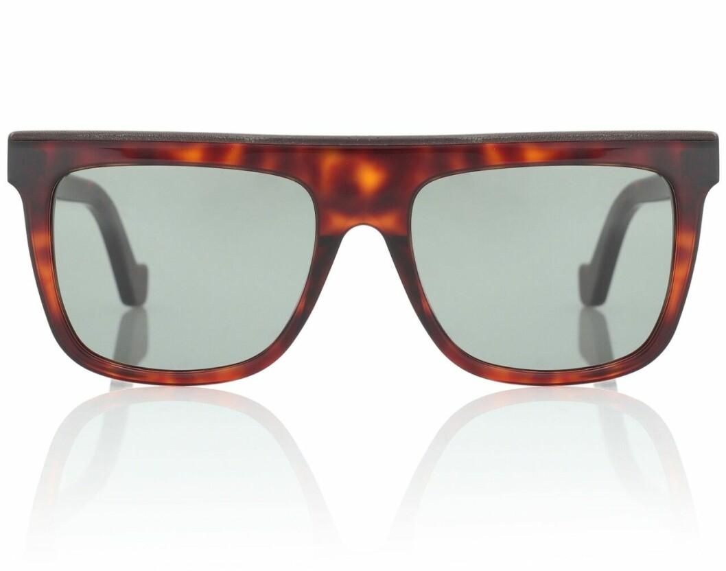 Bruna solglasögon från Loewe på rea