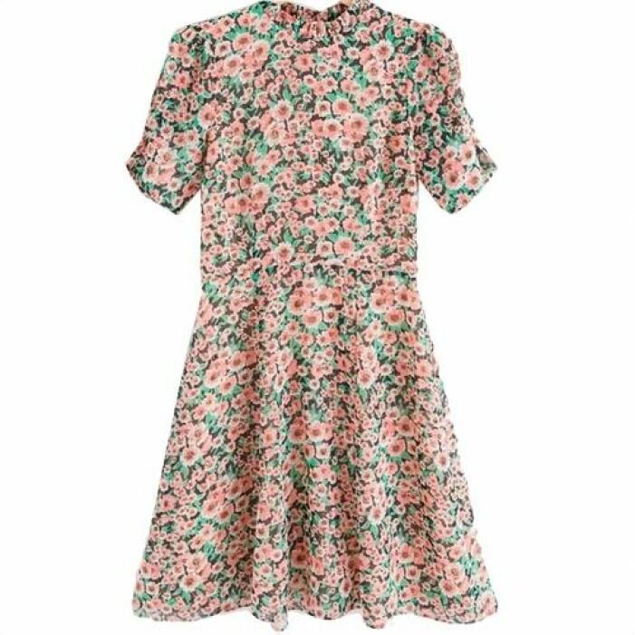 Blommig klänning från Lindex