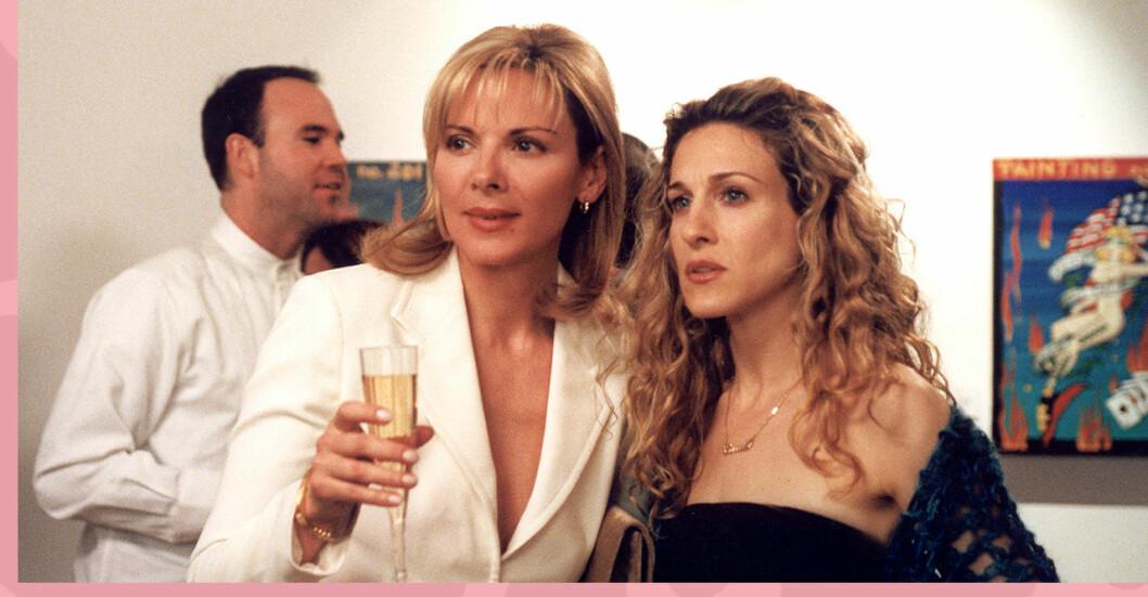 Samantha och Carrie minglar