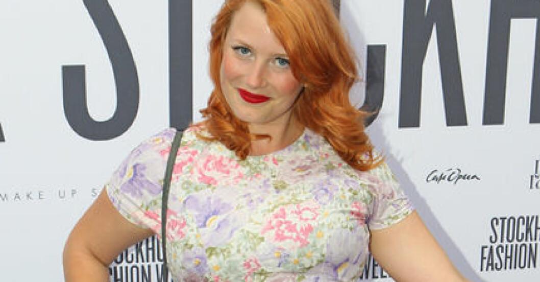 Elsa Billgren strålade på invigningsfesten för modeveckan i Stockholm.